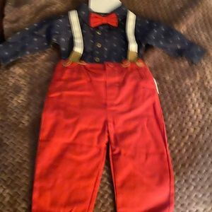 Cute overall suit outfit size 3-6m